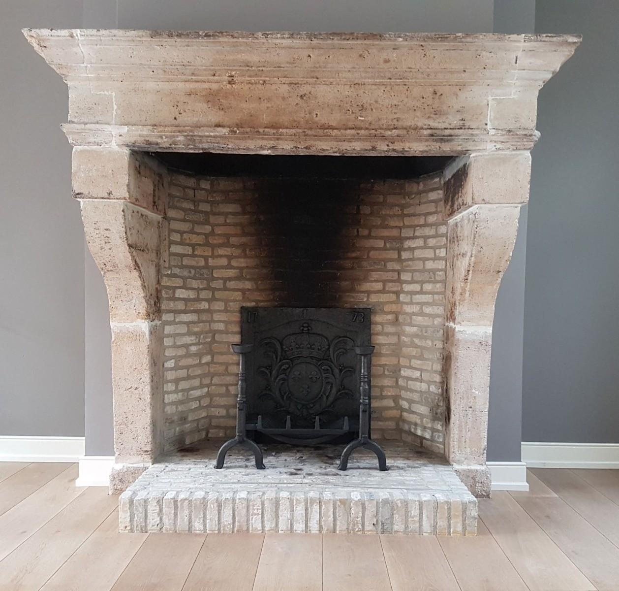 La Haye, Pays-Bas: Plaque de cheminée délivré par https://www.plaque-de-cheminee.fr