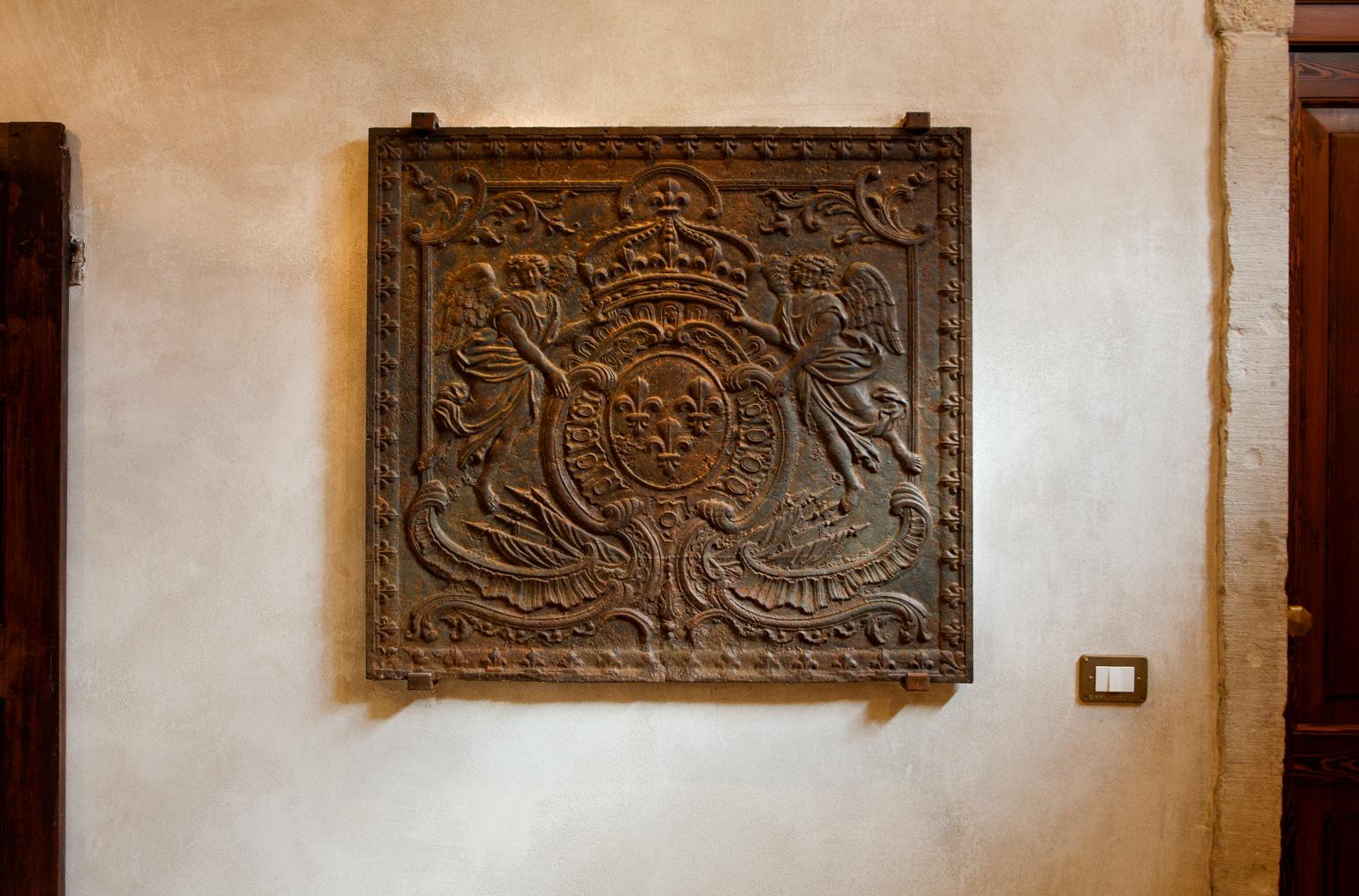 Plaques de Cheminée comme Décoration à Venise