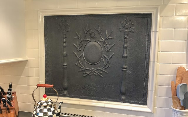 Blogue sur des plaques de cheminée